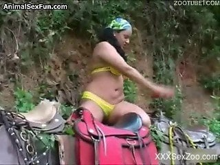 Dirty brunette wife appears naked while fucking with a horse i...