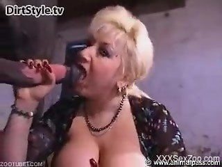 Busty mature jizzed after a severe horse zoophilia